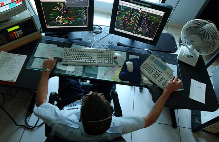 Kemenristekdikti Hibahkan Radar Canggih untuk Kemenhub