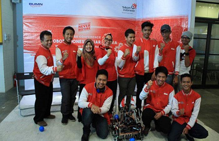 Robot Kreasi Anak Indonesia Juara Kompetisi Robot Internasional