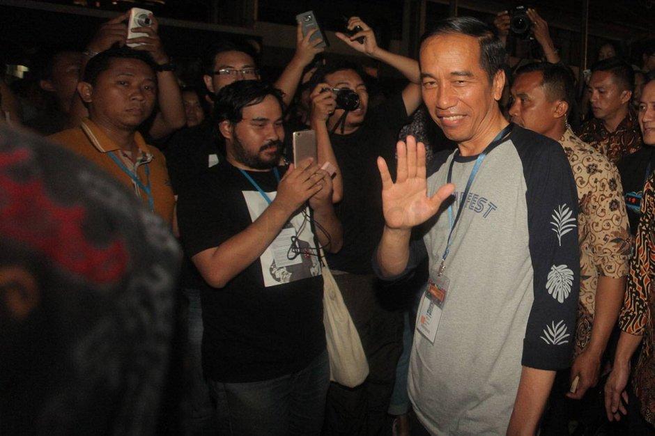 Begini Ulah Presiden Jokowi di Synchronize Fest 2017