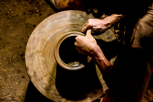 Budaya Urban dan Industrialisasi Keramik Plered