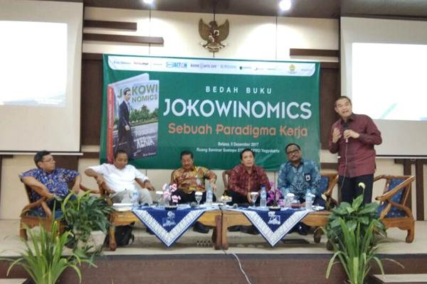 "Bedah Buku Jokowinimics: Jokowi Melakukan Model Komunikasi Zaman Now, ""Show me attitude"""