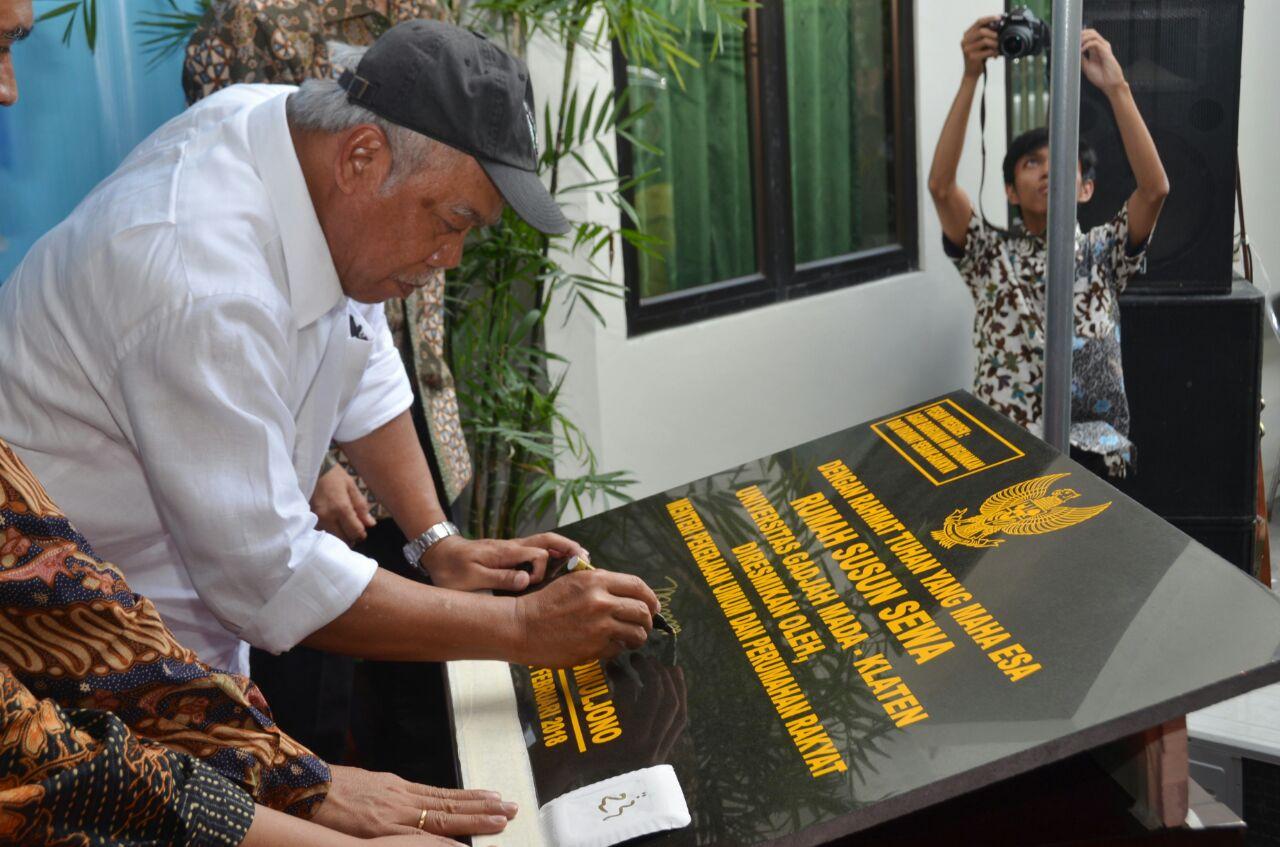 Menteri Resmikan Dua Rusunawa Mahasiswa UGM di Klaten