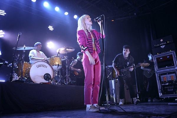 Setelah Batal Konser, Paramore Berjanji Akan Kembali Agustus