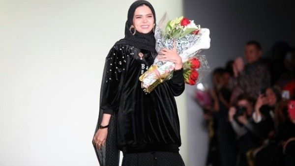 Kain Tradisional Kalimantan Unjuk Gigi di New York Fashion Week 2018