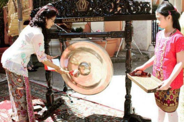 Peringati Hari Kartini, Festival Kuliner Indonesia di Roma Dibanjiri Pengunjung