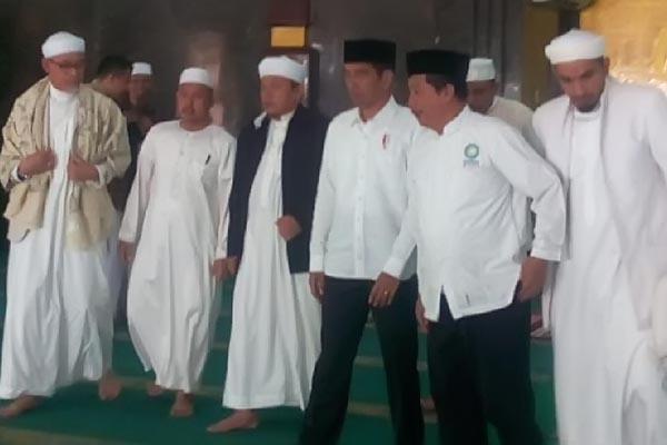 Presiden Bertemu PA 212 Bahas Isu Nasional