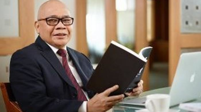 Profesor Ir. Jusman Syafii Djamal