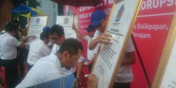 Kantor Pajak Kaltim Tetapkan Tujuh Zona Integritas Wilayah Bebas Korupsi