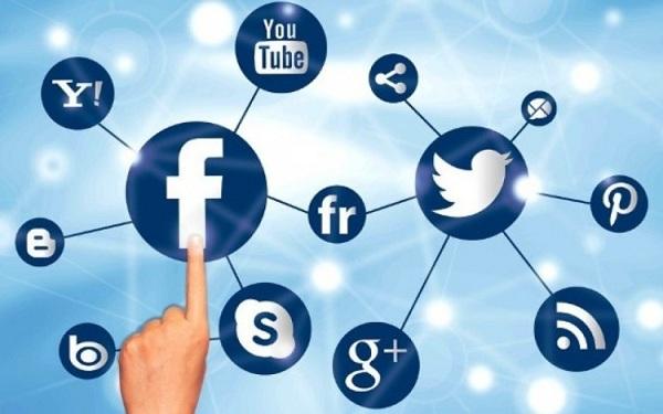 Facebook Tuduh Media Sosial Lainnya Kumpulkan Data Pengguna