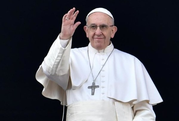 Paus Fransiskus Minta Hentikan Kekerasan dan Doakan Korban Bom Surabaya