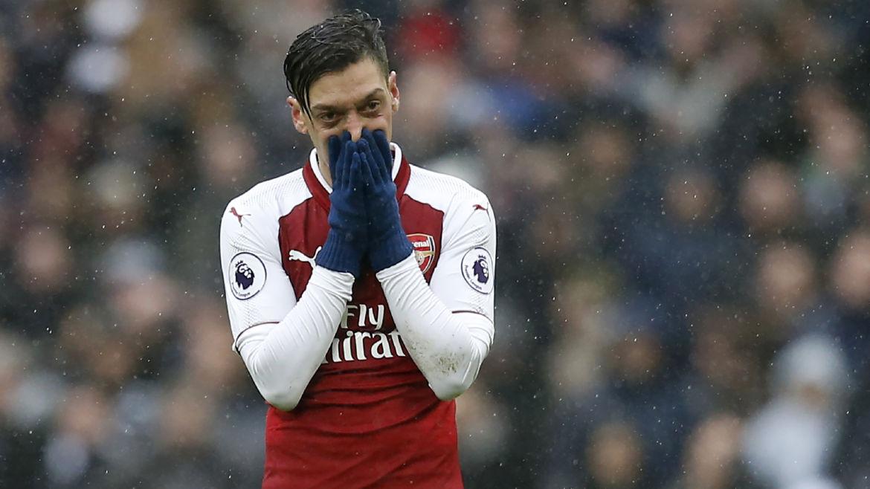 Keown: Mesut Ozil Tak Layak Kenakan Seragam Arsenal
