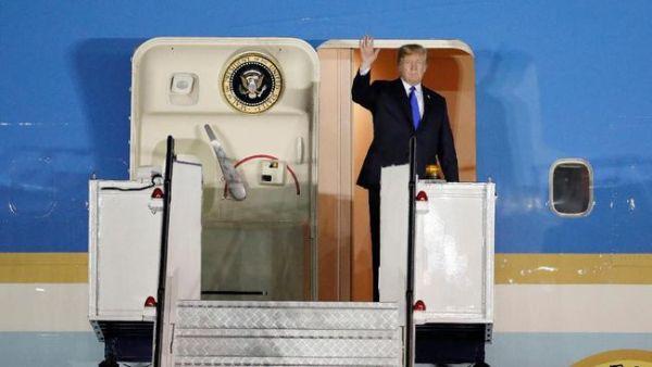 Presiden AS Donald Trump Tiba di Singapura