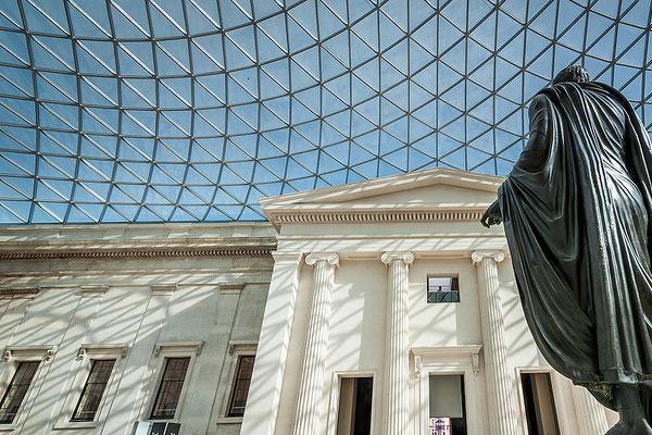 Destinasi Wisata 10 Museum Paling Terkenal di Dunia