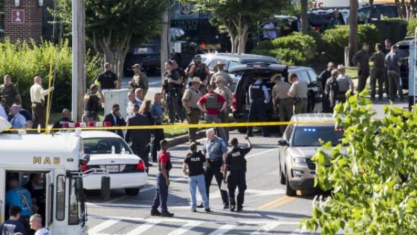 Penembakan di Kantor Surat Kabar, 5 Orang Tewas