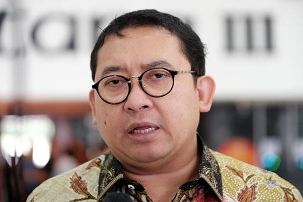 Kritik Cagub Dukung Jokowi, PSI: Fadli Zon Panik Calonnya Kalah di Jawa