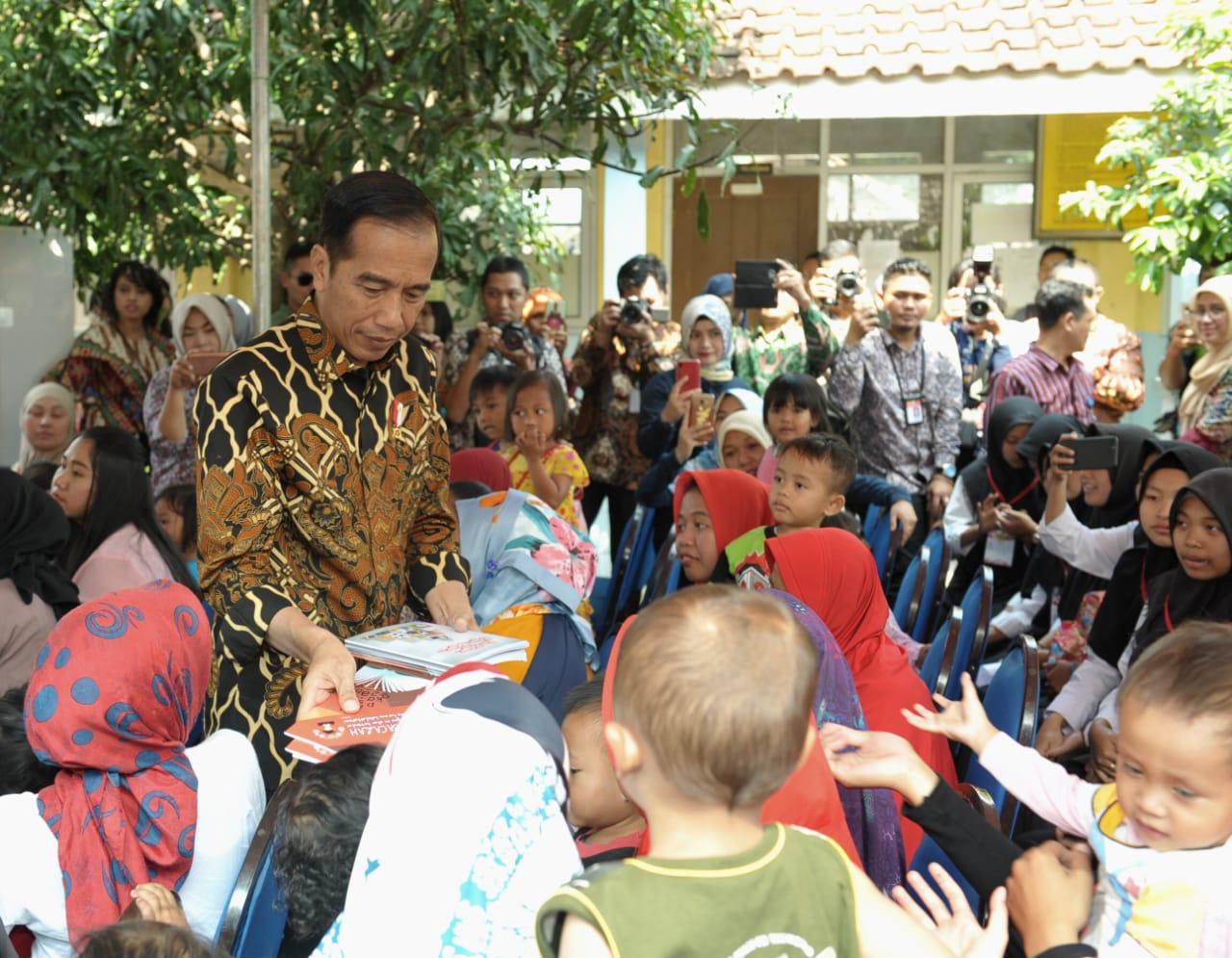 Masyarakat Banyak Berterimakasih Kepada Presiden, Mendagri: Wajar, Karena Banyak yang Telah Dikerjakan Pak Jokowi