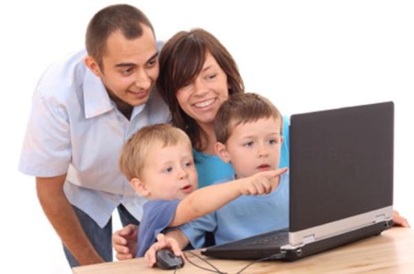 Dua Mata Pisau Teknologi Bagi Anak-Anak Menurut Pramono Anung