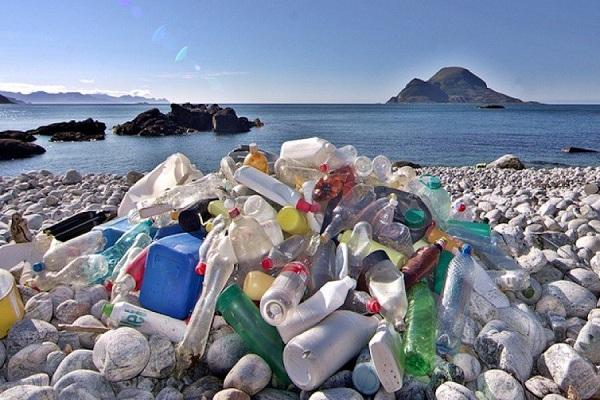 Menteri Susi Sebut Indonesia Penyumbang Sampah Plastik Terbesar Kedua Dunia