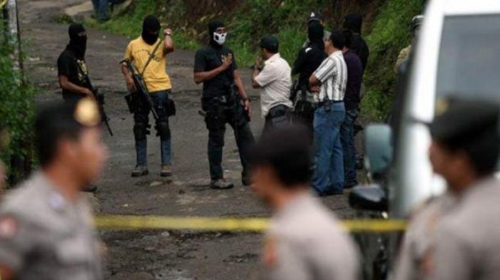 Densus 88 Tangkap Terduga Teroris yang Juga Pegawai Kampus Negeri di Banyuwangi