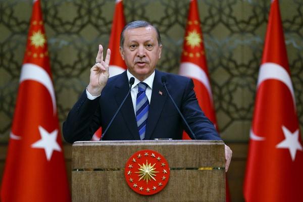 Erdogan Berencana Boikot Apple, Akibat dari Anjloknya Mata Uang Turki