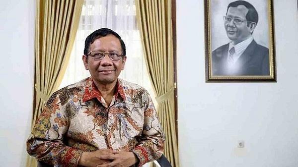 Tak Ada Masalah, Hubungan Mahfud MD dengan Jokowi Tetap Baik