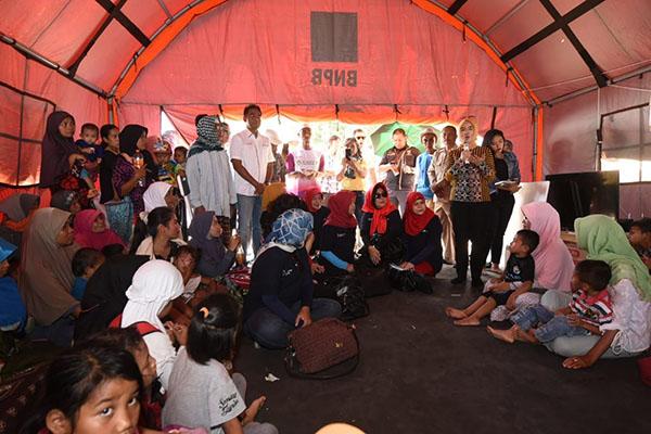 Pertamina Serahkan Bantuan 250 Unit Rumah Transisi untuk Pengungsi Lombok