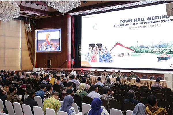 Hasilkan Kinerja Positif, Nicke Widyawati Puji Tiga Direktorat