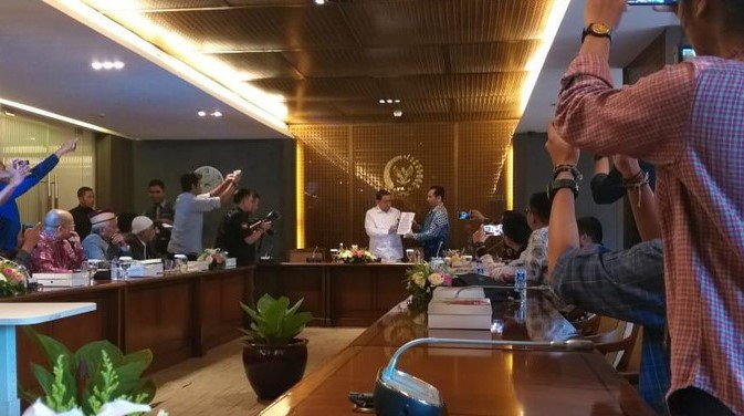 Habib Rizieq Syihab Dicegah Pergi ke Malaysia oleh Pemerintah Arab Saudi
