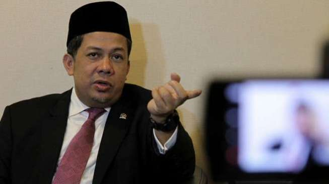 Fahri Hamzah Meminta Pemerintah untuk Segera Membayar Tunggakan BPJS Kesehatan