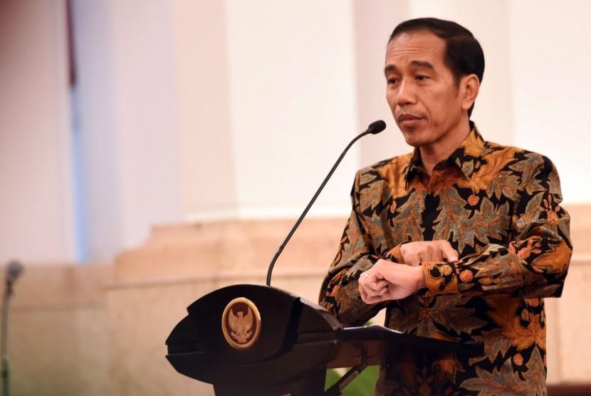 Survei: Mayoritas Masyarakat Nilai Jokowi Berhasil Jalankan Program Nawacita