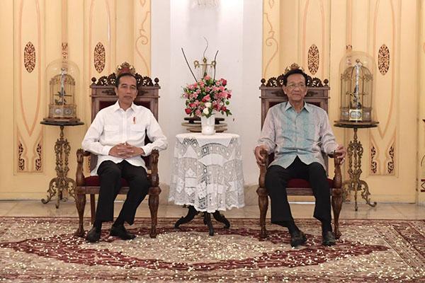 Jokowi dan Sultan Hamengkubuwono X