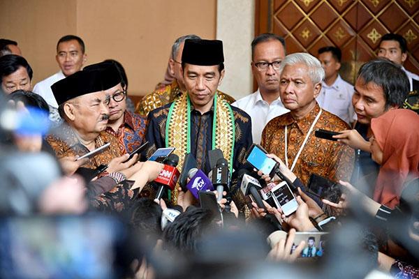Sampaikan Duka Cita, Jokowi: Hentikan Kekerasan Antar Suporter Sepak Bola