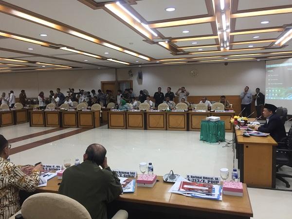 Fahri Hamzah Pimpin Rapat Konsultasi Bahas Pemulihan NTB Paska Gempa