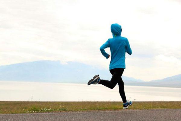 Menggunakan Jaket Saat Lari Ternyata dapat Sebabkan Bahaya