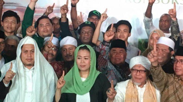 Simpatisan Gus Dur, muruah ulama, Jokowi, Yenny Wahid