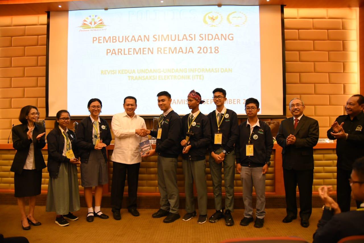 Setjen DPR RI Menyelenggarakan Kegiatan Parlemen Remaja 2018