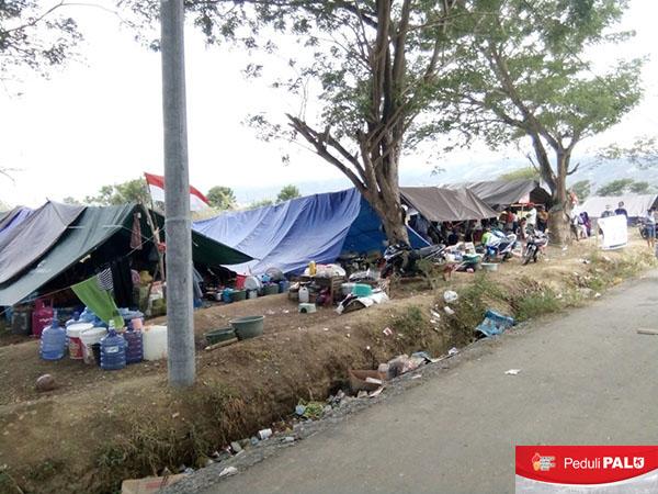 Tenda-tenda pengungsian tersebar di beberapa wilayah Kabupaten Sigi, akibat hancurnya tempat tinggal warga akibat gempa dan likuifasi