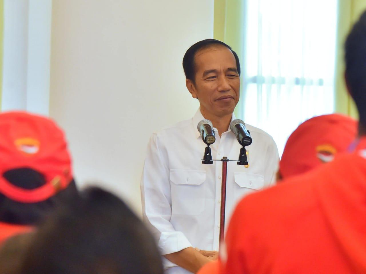 Presiden Jokowi Jelaskan Alasan Kenapa Membatalkan Rencana Kenaikan Harga BBM Jenis Premium