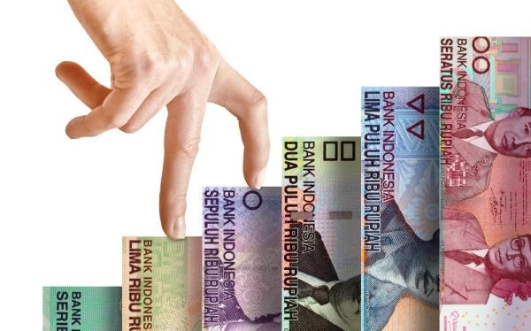 Rupiah Kamis Sore Makin Perkasa di bawah Rp14.500