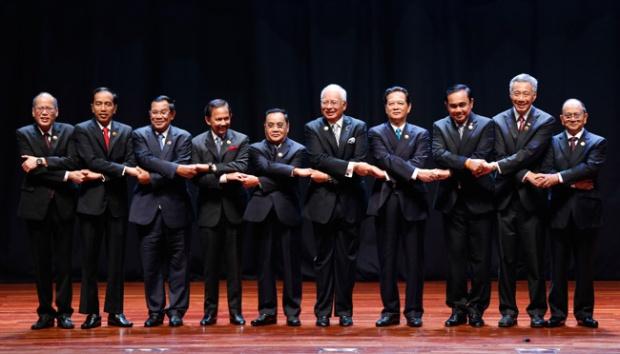 Presiden Jokowi Hadiri ASEAN Summit ke 33 di Singapura