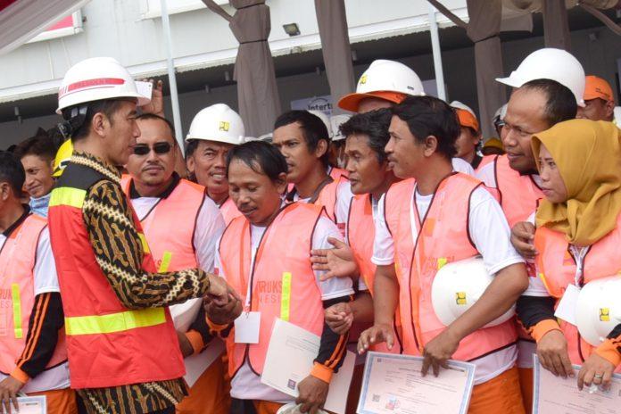 Tahun Keempat Pemerintahan Jokowi, Jumlah Pengangguran Menurun