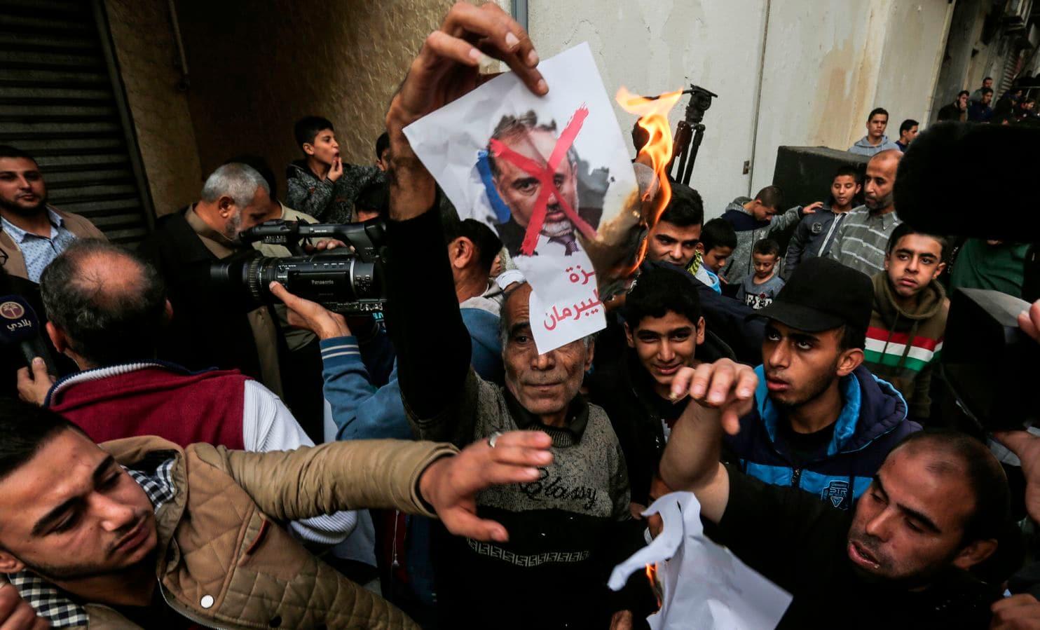 Netanyahu Sepakat Damaikan Konflik Israel-Palestina