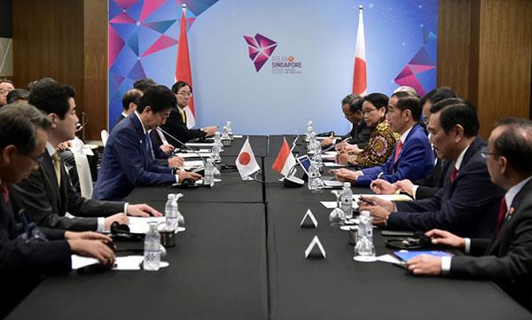 Bahas Ekonomi, Presiden Jokowi Gelar Pertemuan Bilateral dengan PM Shinzo Abe