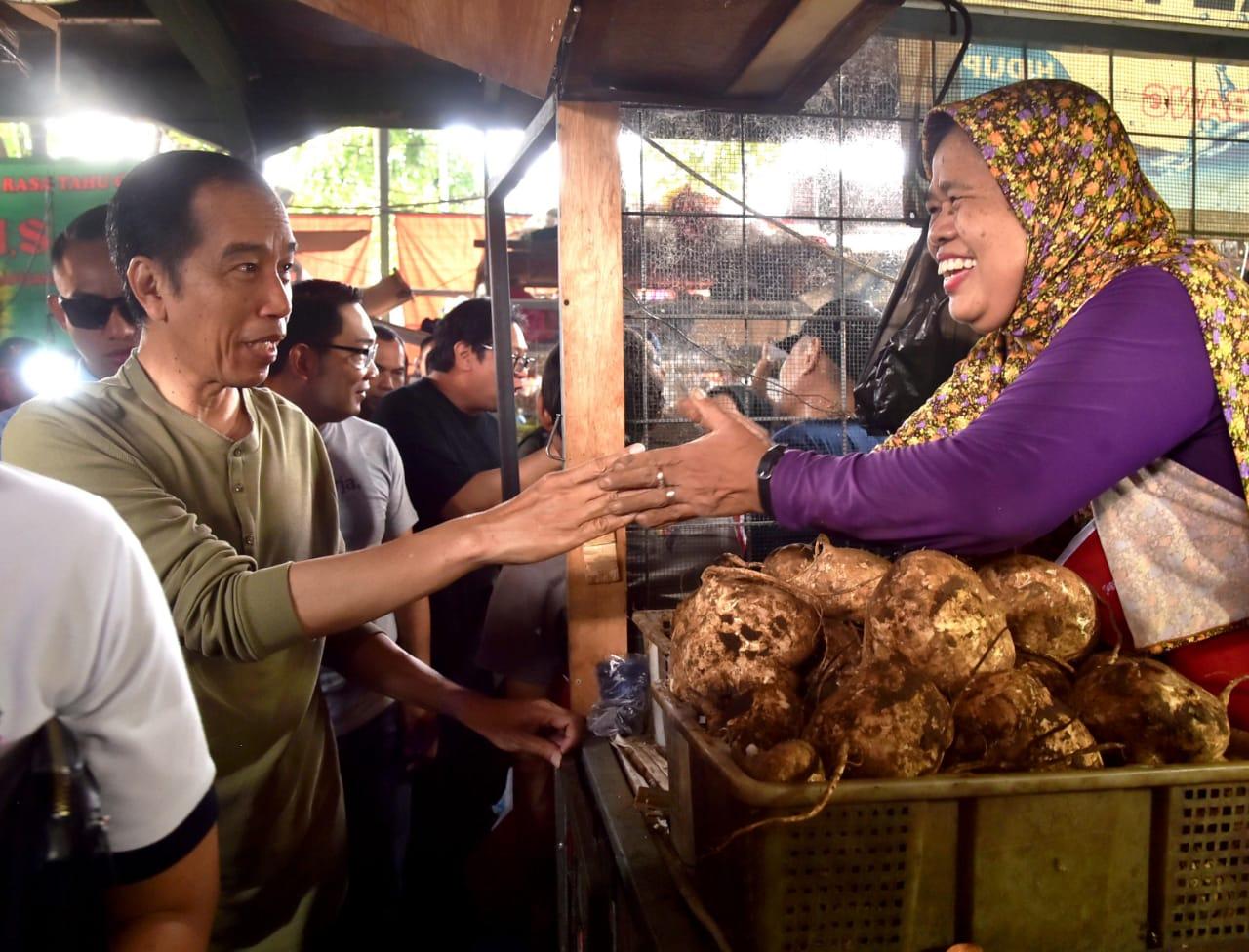 Kampanye Door to Door Jokowi