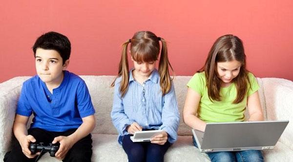 Kecanduan Gadget, Ini Dampak Buruk yang Dapat Dialami Anak