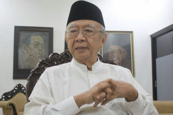 Gus Sholah Restui Pendukungnya Pilih Jokowi-Ma'ruf di Pilpres 2019