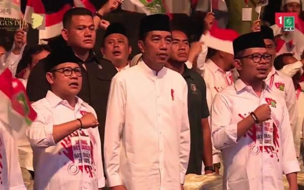 Dalam Konsolidasi Caleg PKB, Jokowi Ajak Berjuang Melawan Hoaks