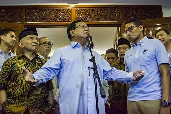 salat jumat, Sikap Prabowo Subianto, Pers, playing victim, prabowo