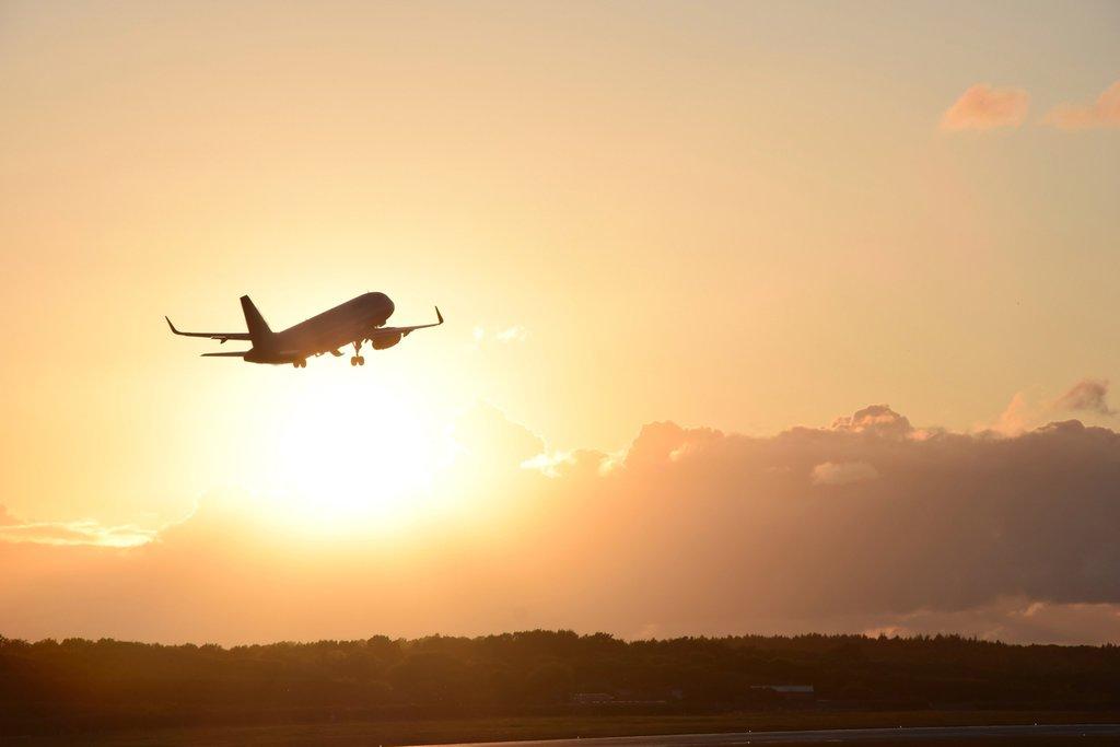 Ditegur Pemerintah, Akhirnya Harga Tiket Pesawat Terbang Diturunkan Lagi