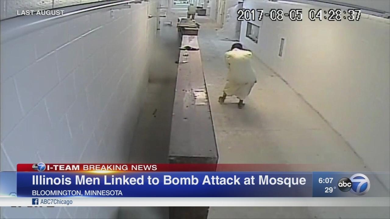 detik-detik milisi Kelinci Putih menyerang masjid muslim AS